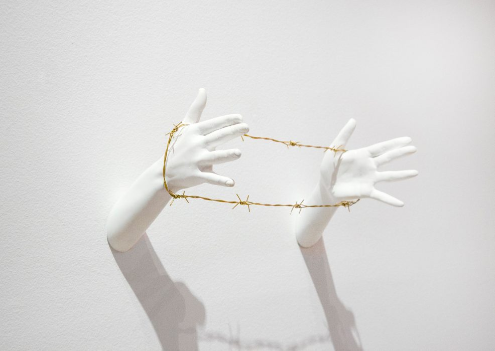 Mariana Vassileva / 2011 / Selfmade / Polyester / golden barbed wire / 45x30cm